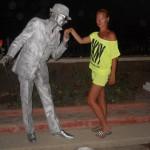Живая статуя Парень